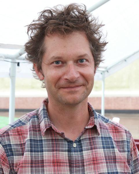 Headshot of Peter Haakon Thompson